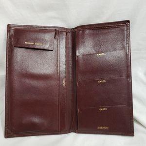 C8,517 Traveler Wallet